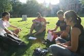 Estudiantes en un parque de Ottawa