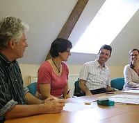 Profesor y alumnos en Canterbury