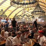 Cerveza, música y diversión en el Oktoberfest
